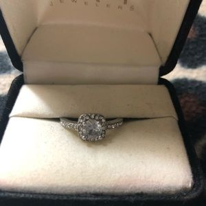 Kay Jewelers SZ 8 925 SS Sapphire Engagement Ring